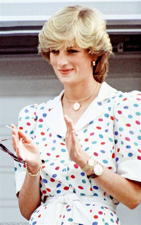 2in 1 Diana Setelan a royal told in princess diana s gems daily mail
