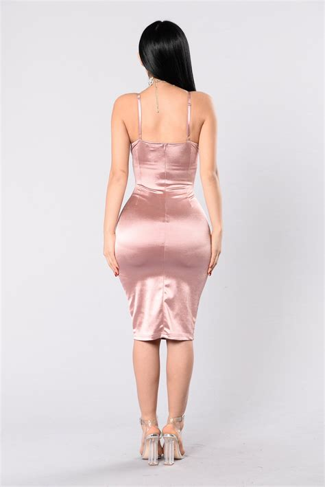 Dress Model Style Fashion Impor 23 stupid in dress mauve