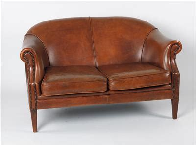 zweier sofa antiques and jewellery 4 7 2016 dorotheum