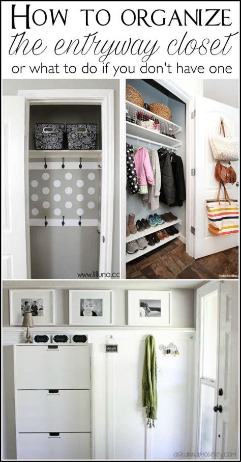 organize  entryway closet   minutes