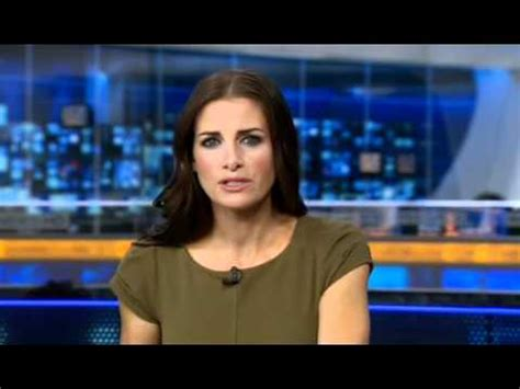 news reporter with hard nipples world news kirsty gallacher sky sports news 27 09 2011 youtube