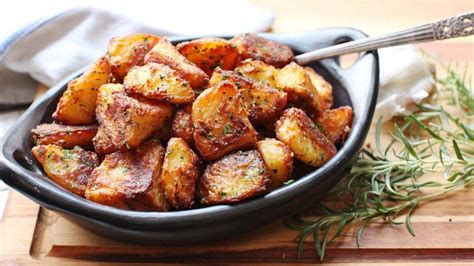 best roast potatoes the best roast potatoes duke copy me that
