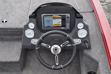 bass boat console 2075 pro v bass lund boats
