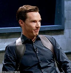 benedict cumberbatch try not to laugh sherlockspeare benedict trying hard not to laugh mad