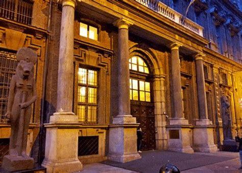 ingresso museo egizio torino quot sconti alle coppie arabe quot il museo egizio nella bufera