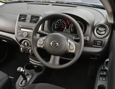 nissan versa interior 2007 nissan versa hatchback interior photos