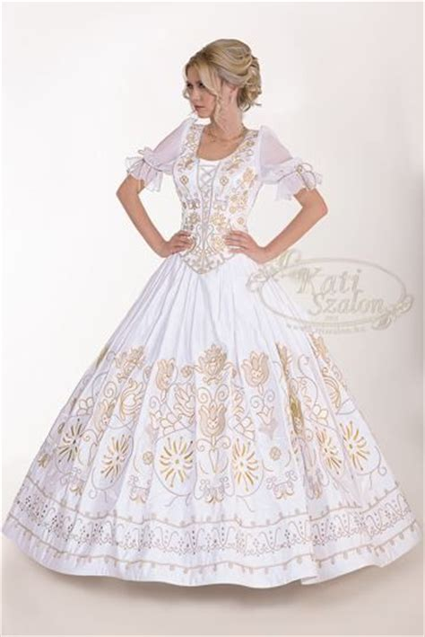 Brautkleider Ungarn by 94 Besten Beautiful Wedding Dresses And Cakes With