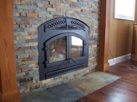 Slate Tiles Fireplace by 1000 Ideas About Slate Fireplace On Slate