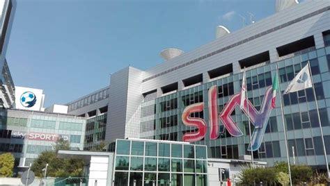 sky sede roma foto sky a conoscenza di una fusione tra lazio e roma