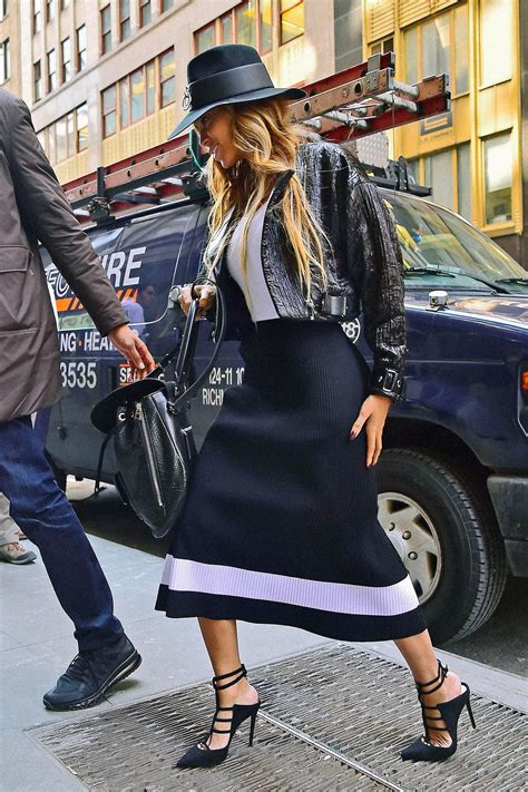 How Do You Rate Beyonces Casual Look by 50 Best Beyonce Beyonce Style Inspiration