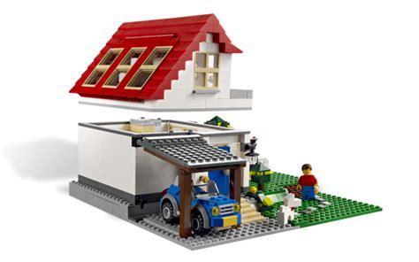 Lego Creator 3 In 1 Hillside House 5771 Bonus 2 Mini Figure 5771 lego 174 creator hillside house