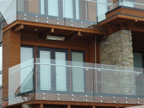 Exterior Glass Railing Vancouver, Installations Langley