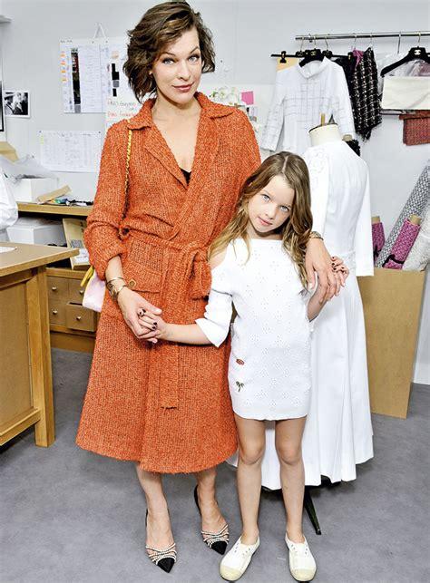milla jovovich y sus hijos moda infantil y marcas de lujo ni 241 os peque 241 os gran negocio