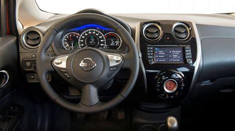volante nissan note design nissan note compactes voitures familiales