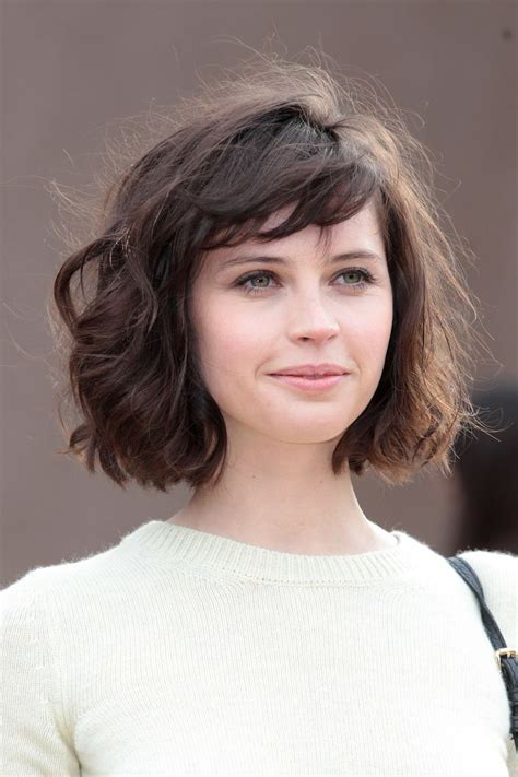 i like this cut with short bangs and longer lawyers right felicity jones at burberry prorsum felicity jones bobs