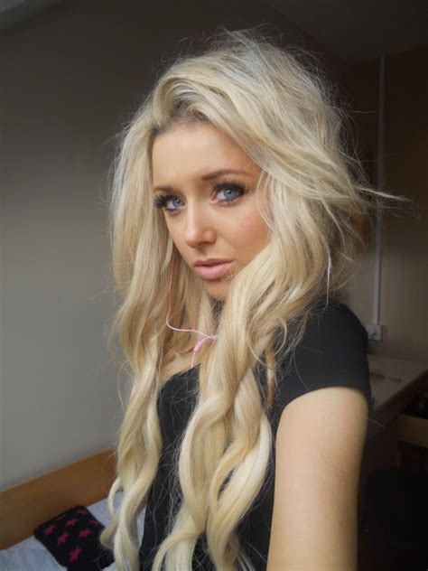 blonde hairstyles on tumblr blonde wavy hair on tumblr