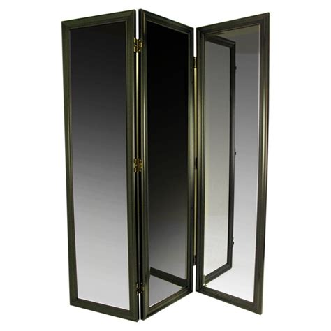 Fitting Room Partitions by 1000 Ideas About Dressing Room On