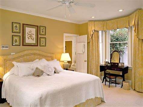 pale yellow bedroom 17 best ideas about pale yellow bedrooms on pinterest