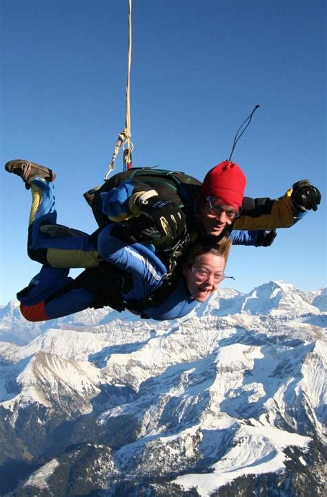 best place to skydive best places to skydive around the world skydiving