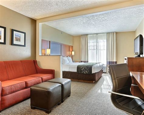 comfort suites boise idaho comfort suites airport in boise hotel rates reviews on