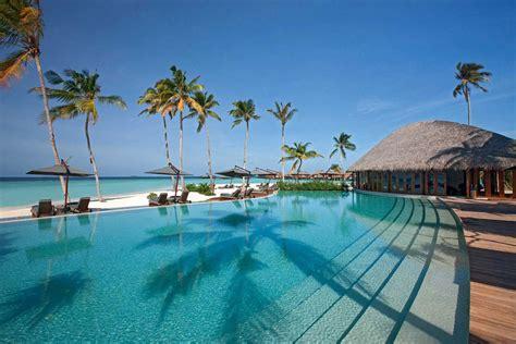 resort maldives feel the luxury at constance halaveli maldives resort