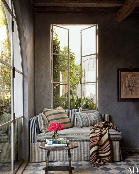 daybed ideas reading nooks cozy decorating ideas daybed 27 cozy reading nooks photos architectural digest