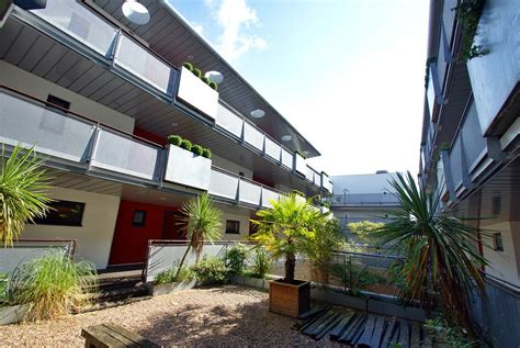 martin co cardiff 2 bedroom apartment for sale in park