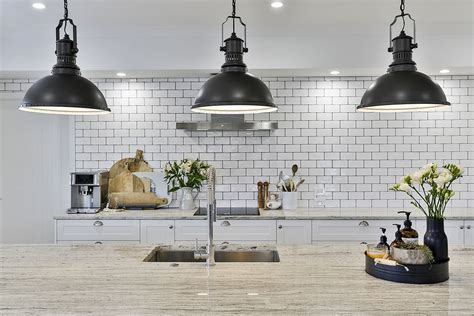 Modern twist on classic style   Mastercraft Kitchens