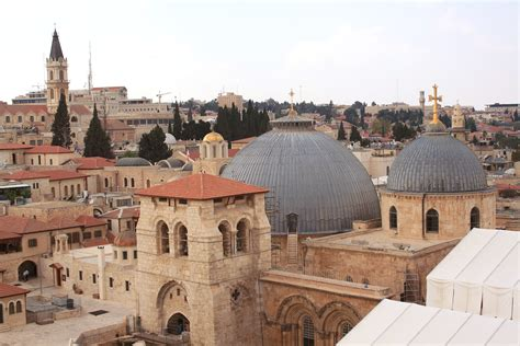 church of the holy sepulchre in jerusalem