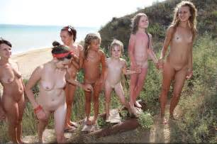 nudism or events pictures purenudism 2014 naturist family events