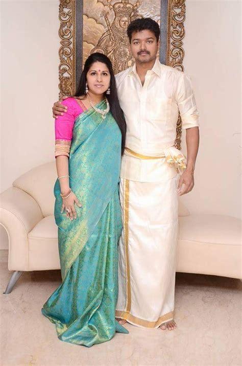 actor vijay sangeetha photos happy 17th wedding anniversary actor vijay sangeetha
