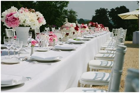 creating a shabby chic outdoor wedding reception
