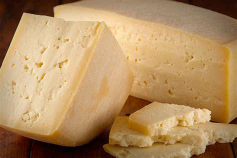 alimenti nocivi per il colesterolo s 236 al formaggio stagionato alza il colesterolo buono