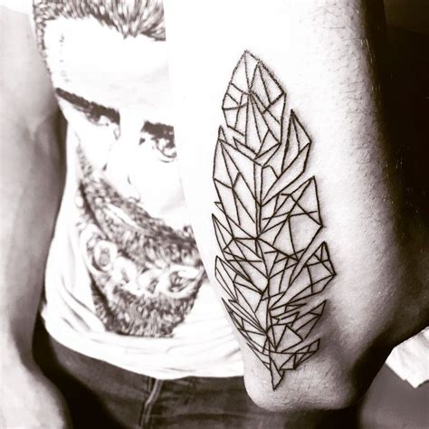 tattoo feather geometric 17 best images about tattoo idea on pinterest solar