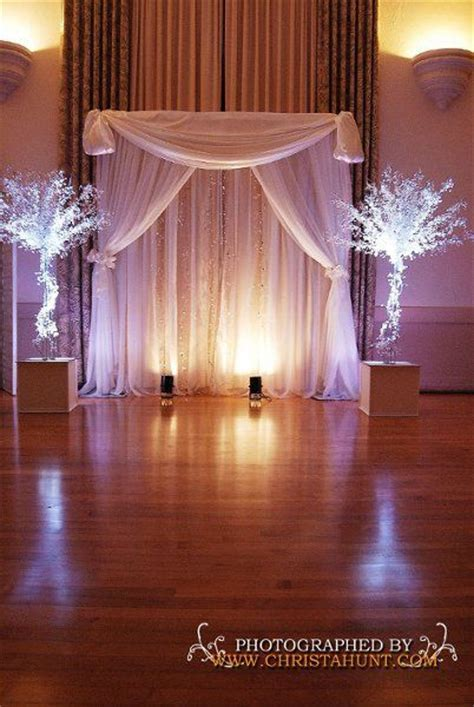 25  best ideas about Indoor wedding arches on Pinterest