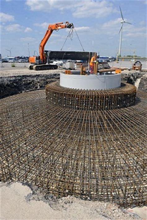 ford dagenham's third wind turbine takes shape smmt