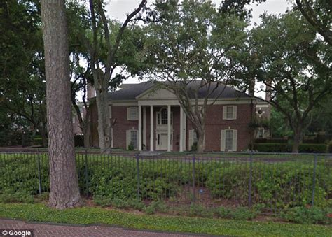 how houston s richest neighborhood river oaks is paying