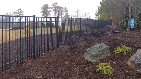 how much to put up a fence in backyard 100 how much to put up a fence in backyard living