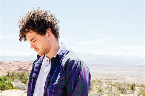 vance joy th may vance joy announces groovin the moo sideshows riptide