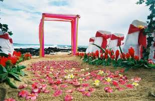 hawaiian themed outdoor decor celebrate your big day without spending big outdoor