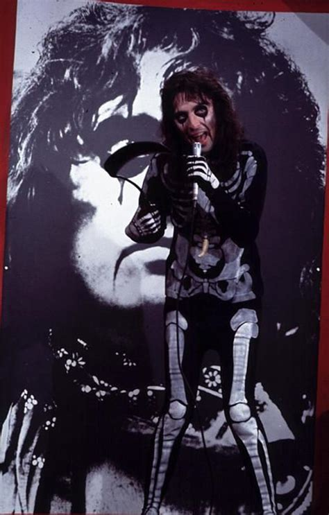 alice cooper movies 24 best images about alice cooper on pinterest mansions