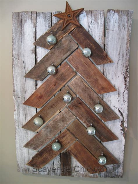simple xmas wood pallet wood tree diy scavenger chic