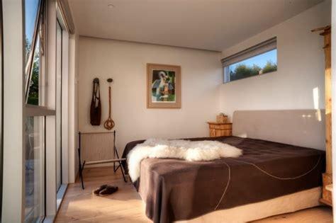 rumah kecil berbentuk kotak minimalis rancangan desain rumah minimalis
