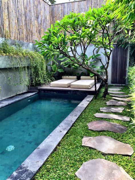 imagenes de jardines y patios pequeños las 25 mejores ideas sobre jardines peque 241 os en pinterest