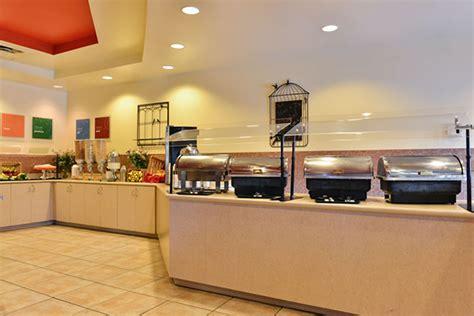 comfort suites breakfast comfort suites maingate east resort vacation deals