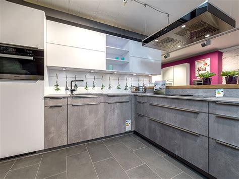 küche und bad studios schlafzimmer einrichten kleiner raum