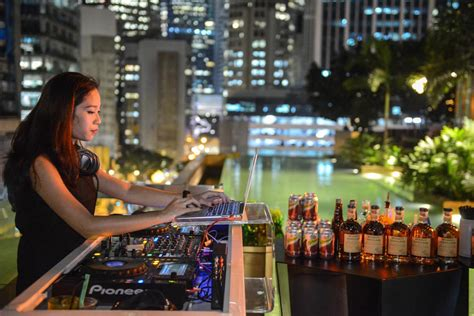 singapore top bars singapore s best rooftop bars suma explore asia