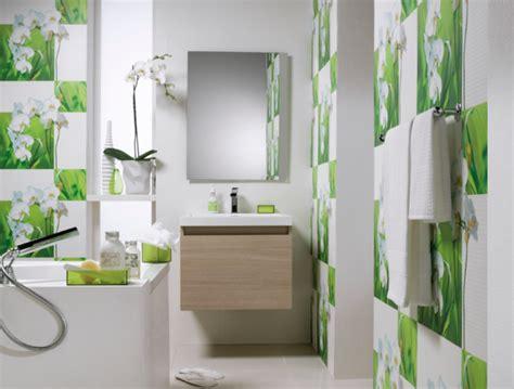 Attrayant Papier Peint Lessivable Salle De Bain #2: Papier-peint-salle-de-bain-accents-vert.png