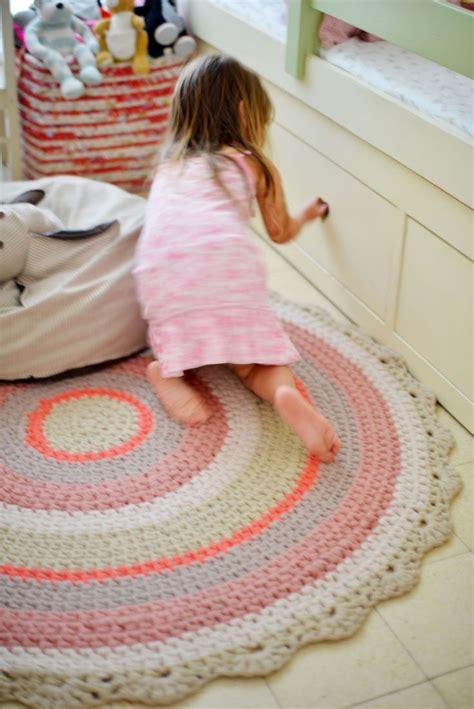 little girls bedroom rugs i love that rug for a little girls room h 228 keln pinterest