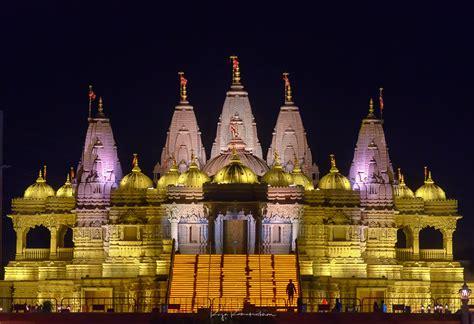 baps shri swaminarayan mandir  raja ramakrishnan